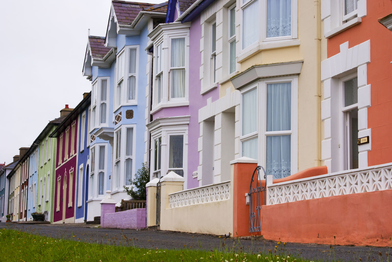 top-things-to-live-near-that-affect-home-values